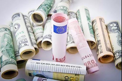全球工资报告排名出炉 这个国家月薪4万元
