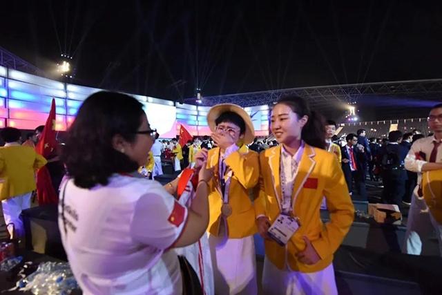 第44届世界技能大赛时装技术项目金牌选手胡萍